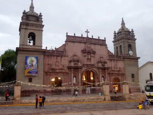 catedral de la ciudad de ayacucho