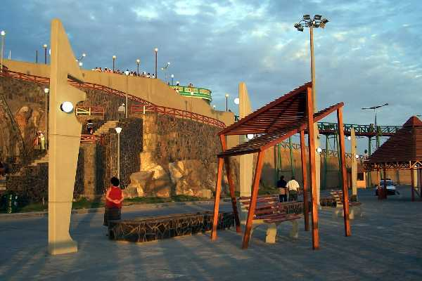 turismo en el muelle de mollendo arequipa