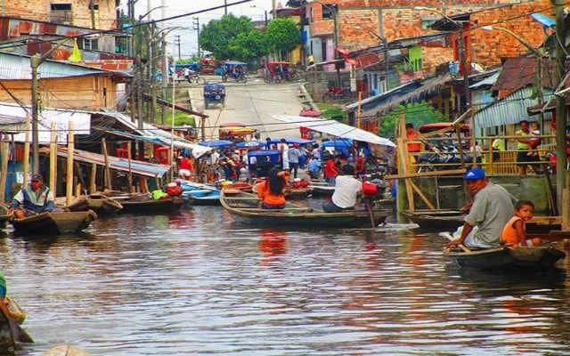 barrio belen Pacaya Samiria Iquitos