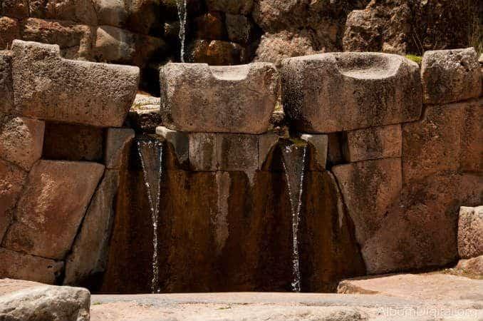 fuente tour tambomachay