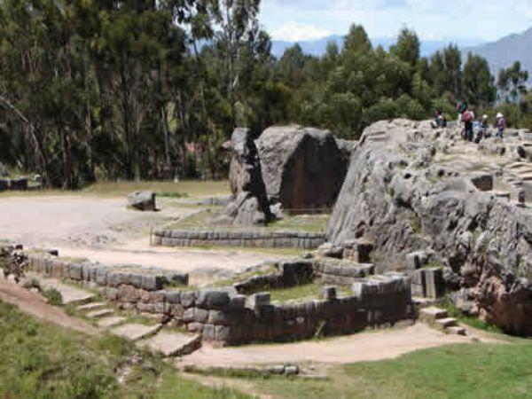 que hacer en el complejo arqueologico kenko o Qenqo
