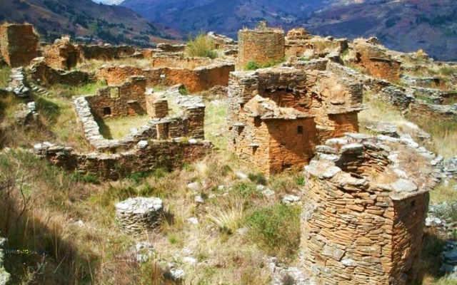 complejo arqueológico garu