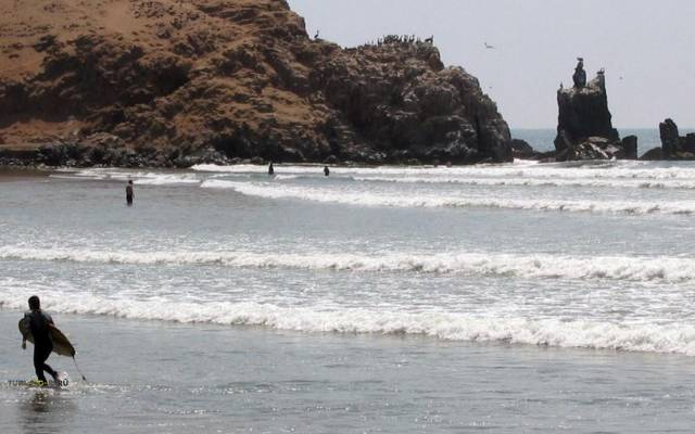 playa cerro azul cañete