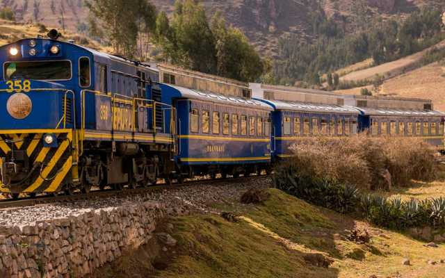 tren a machu picchu costo